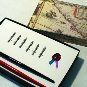 plumas gotica caligrafia